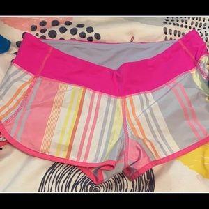 Lululemon speed shorts size 6 stripes